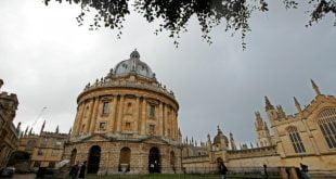 Britain menyediakan vaksin Covid 19 sebagai hasil ramalan Oxford tahun ini