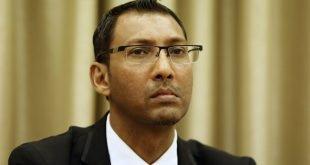 Meminta Suruhanjaya Undang Undang Malaysian Bar mendesak Putrajaya untuk menghapuskan undang undang