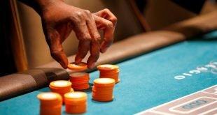 Nevada mengetatkan had COVID 19 di kasino restoran meluaskan mandat topeng