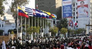 Peru yang dilanda krisis mencari presiden ketiga dalam seminggu untuk