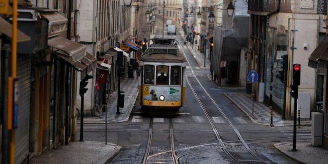 Portugal melarang perjalanan domestik menutup sekolah sekitar cuti kebangsaan