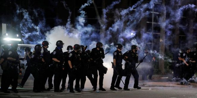 Special Report A city takes on its police union and