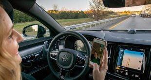 Teknologi pemandu separa automatik menghasilkan pemandu yang berpuas hati menurut